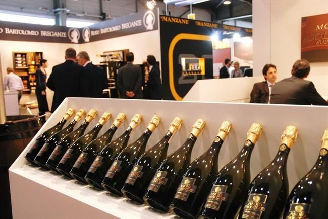 Aperto il Vinitaly: l'Italia primo esportatore al mondo