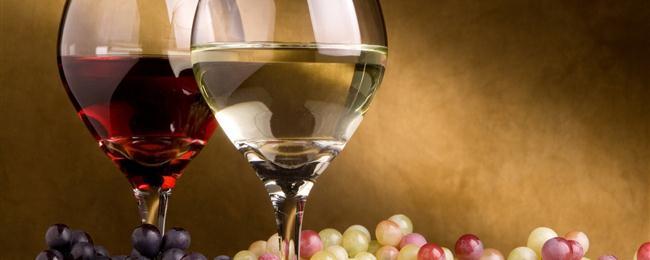 Consumatori italiani di vino, i saltuari sorpassano i quotidiani