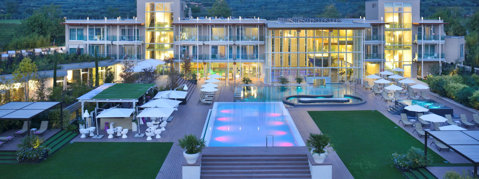 Hotel Bardolino  Stelle Con Piscina