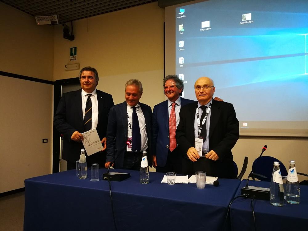 Presentato al Vinitaly l'ultimo libro di Mario Fregoni