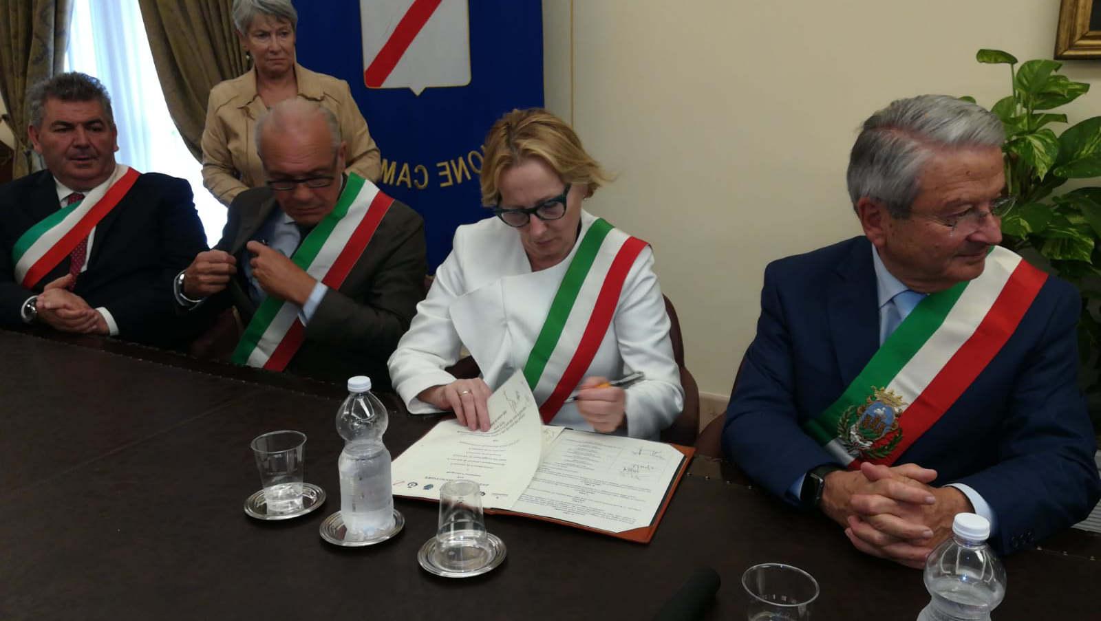 Regione Campania e Città del Vino per la promozione del patrimonio vitivinicolo
