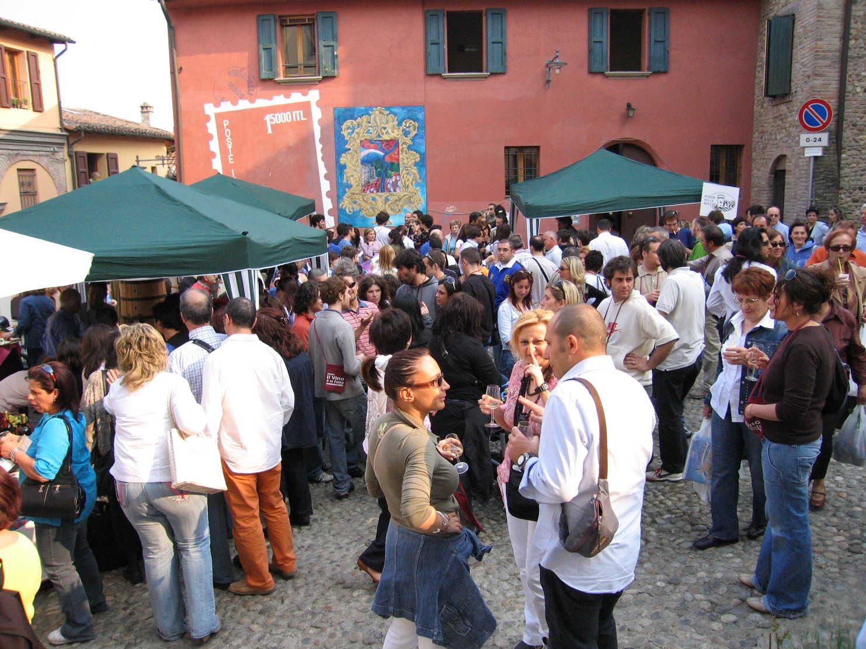 A Dozza con l'Albana il buon vino è in festa