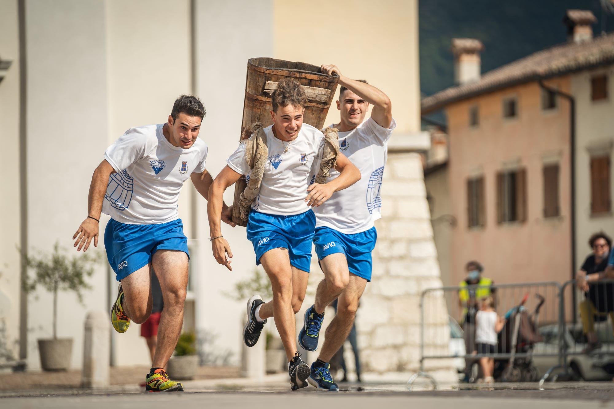 Trentino, Avio conquista la tappa cittadina del Palio delle Botti delle Città del Vino