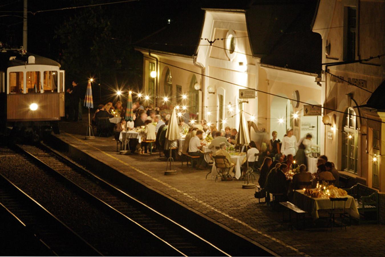 Appuntamento enogastronomico sul trenino del Renon