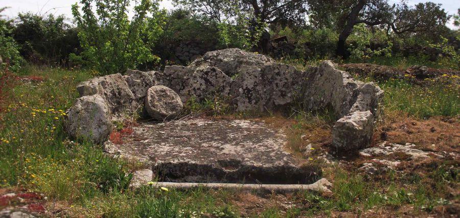 I paesaggi del vino in Sardegna, alla scoperta degli antichi palmenti e dei vitigni storici