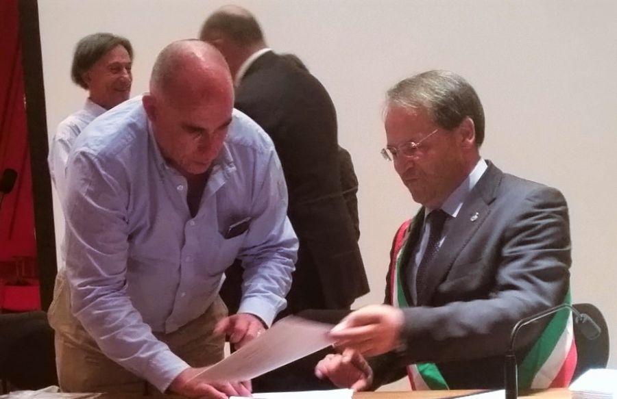 Città del Vino ha un nuovo partner: firmata convenzion con Enolò. Tanti i vantaggi per produttori e rivenditori legati a