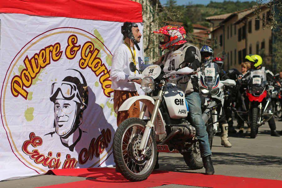 Polvere&Gloria: a Gaiole in Chianti l'eroica in moto