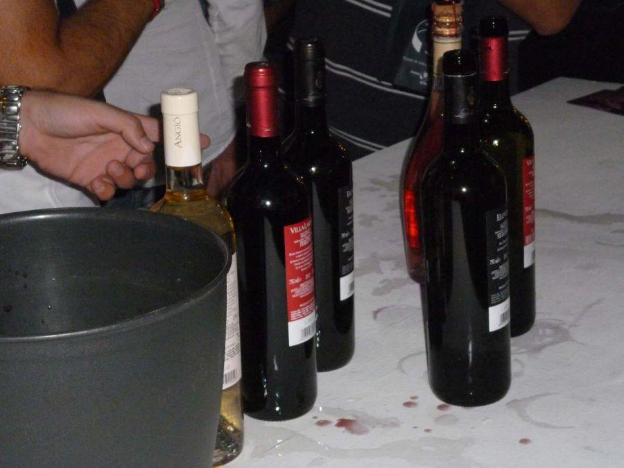 Flessione nelle vendite di vino in Italia e nel mondo