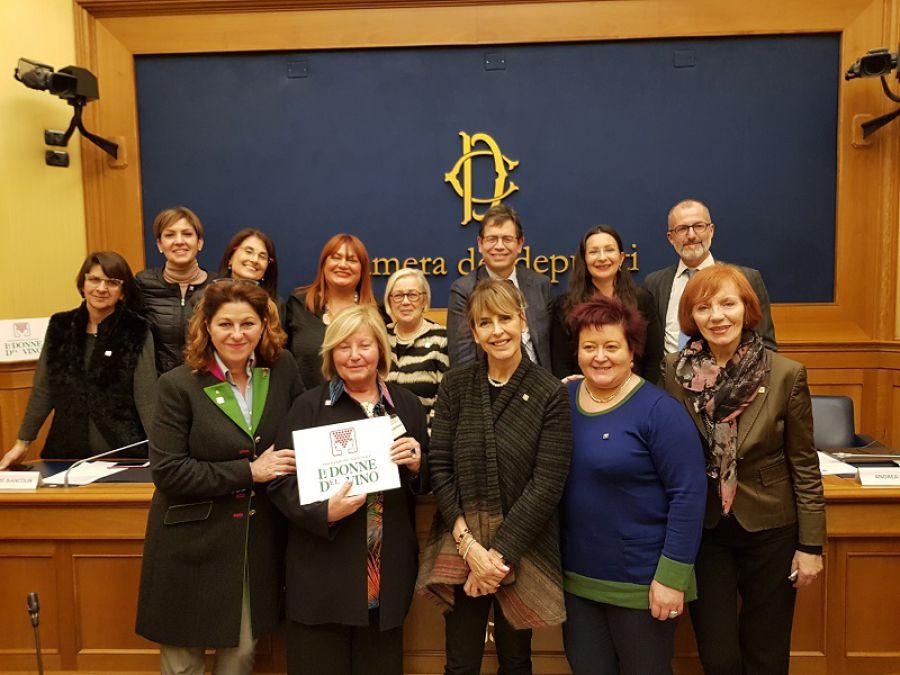 Donne del Vino in Parlamento per diventare wine manager