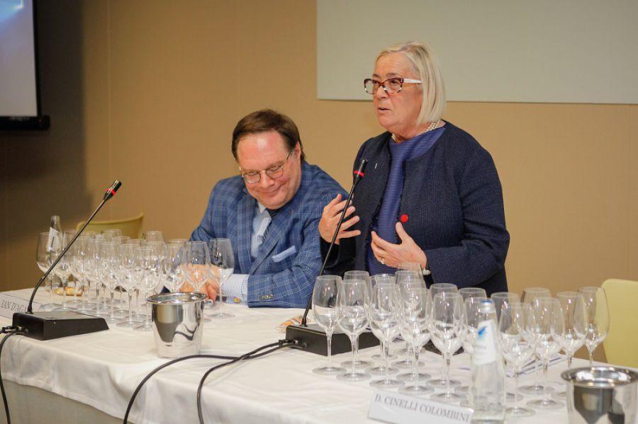 Dalla magia delle vecchie vigne al wine business al femminile in Asia: ecco il Vinitaly delle Donne del Vino