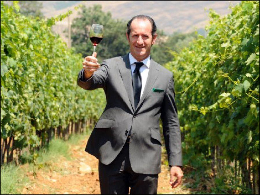 Vinitaly: il Governatore del Veneto Luca Zaia inaugura lo stand Città del Vino