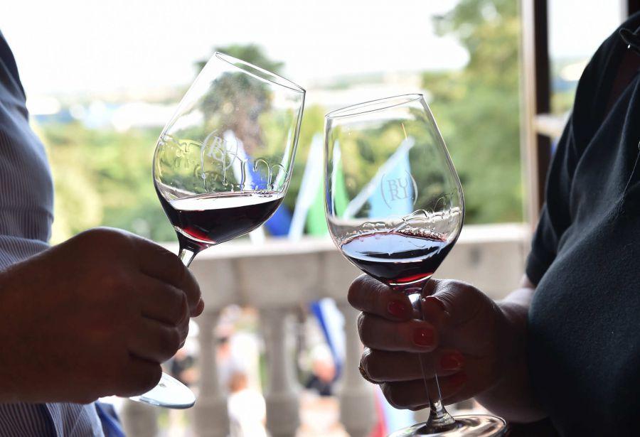 Al via le degustazioni delle commissioni Guida ViniBuoni d'Italia