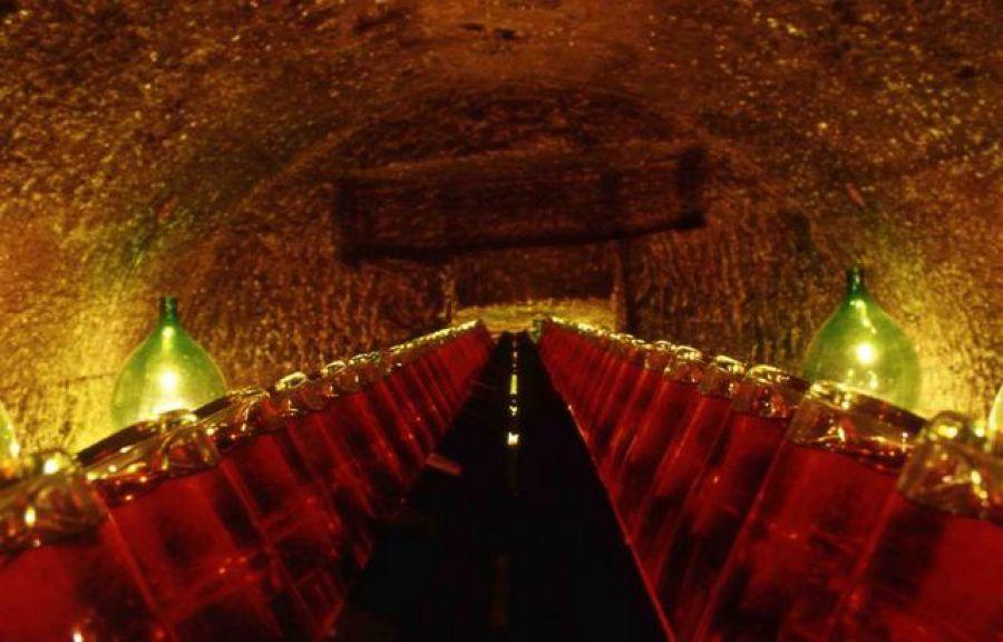 I tesori delle grotte: dall' Emilia alla Francia