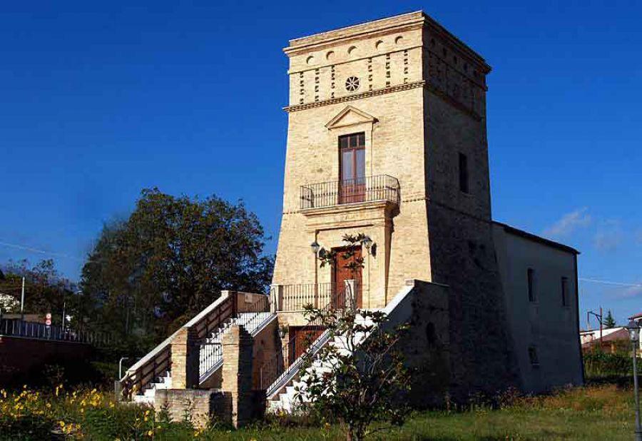 La Biblioteca delle Città del Vino nella Torre di Bene di Orsogna
