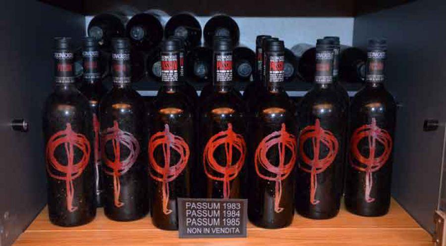 Cascina Castlèt: le 40 vendemmie della Barbera Passum
